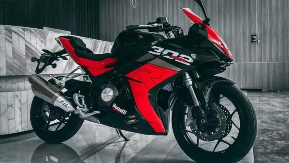 2021 Benelli 302R unveiled