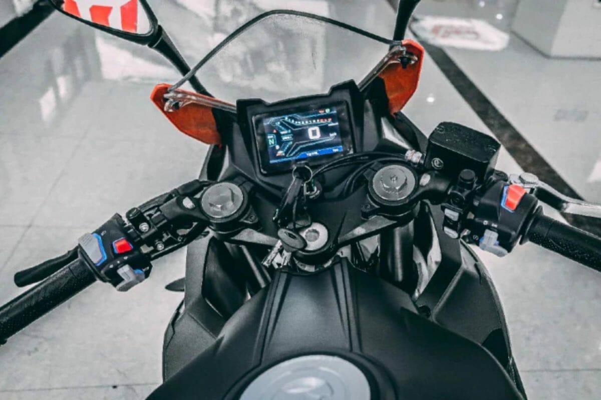 2021 Benelli 302R unveiled (2)