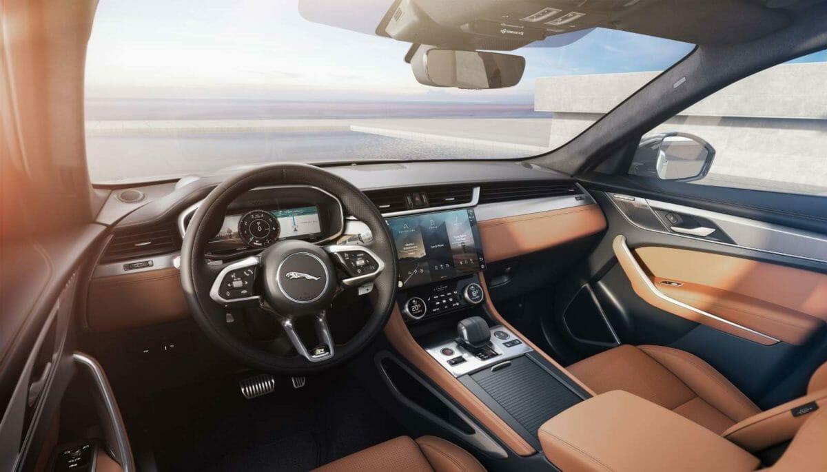 2021 Jaguar F Pace (2)