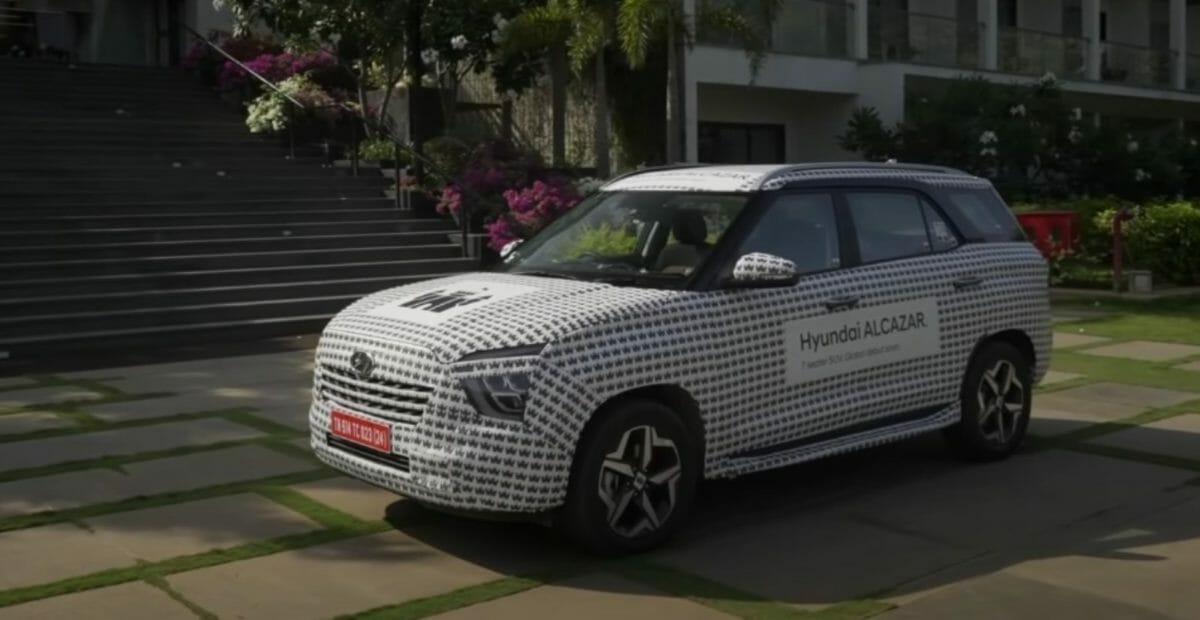 Hyundai alcazar teased again