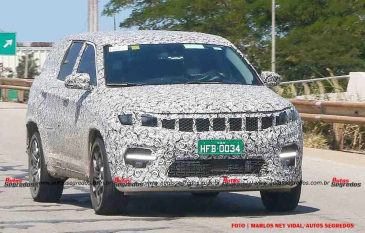 Jeep 7 seater SUV spied (1)