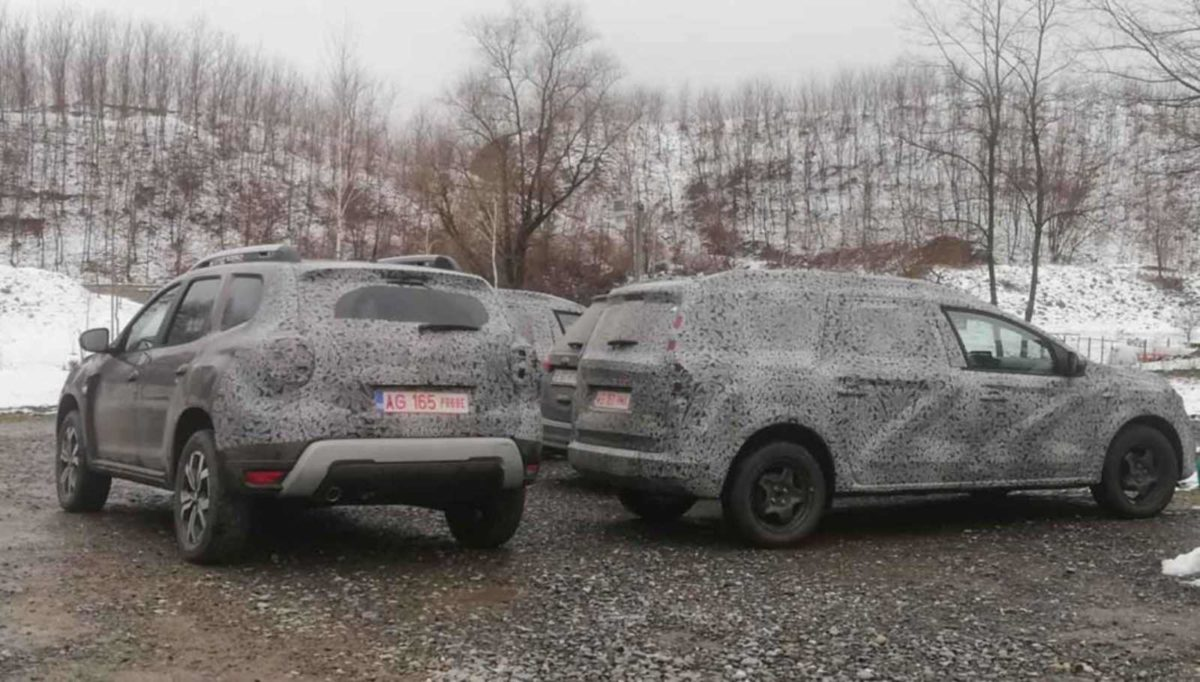 Renault Duster Dacia 7 seater spied