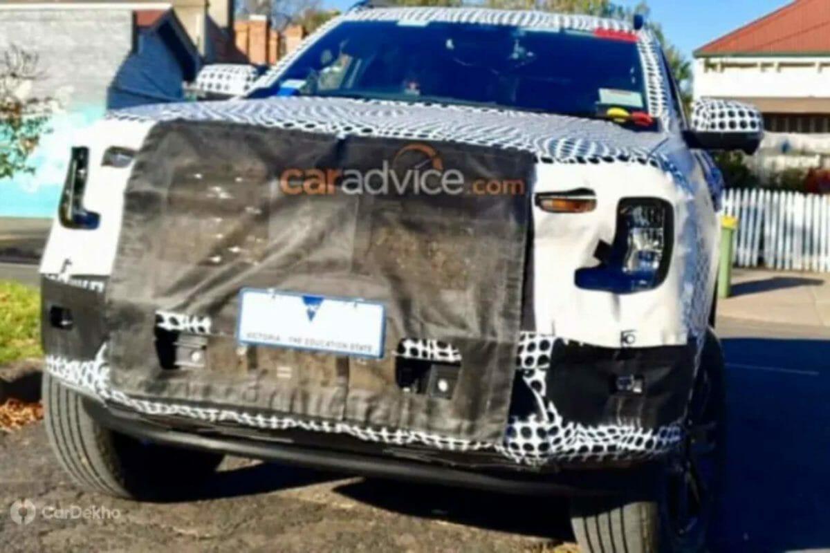 2022 Ford Endeavor_Everest spied (2)