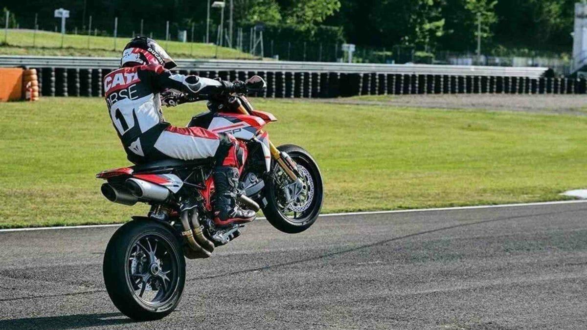 Ducati Hypermotard 950 2022 (3)