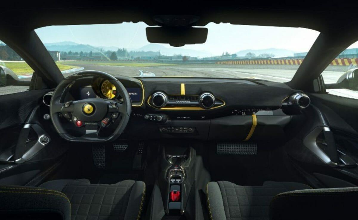 Ferrari 812 Competizone (2)