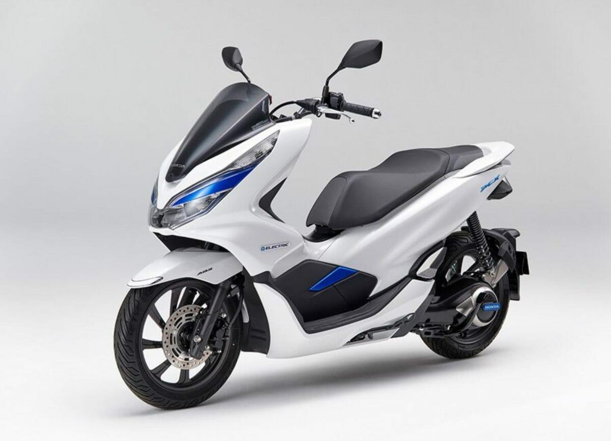 Honda PCX Electric scooter (2)