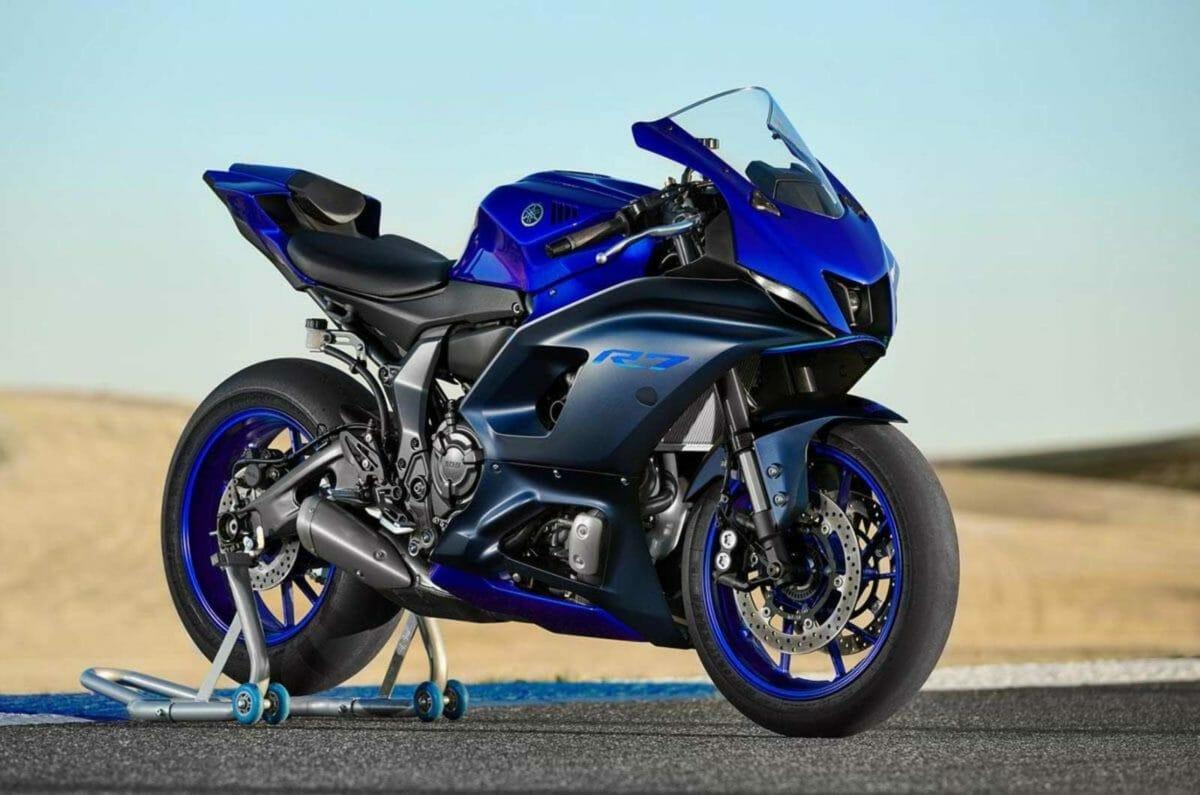 Yamaha R7 (3)