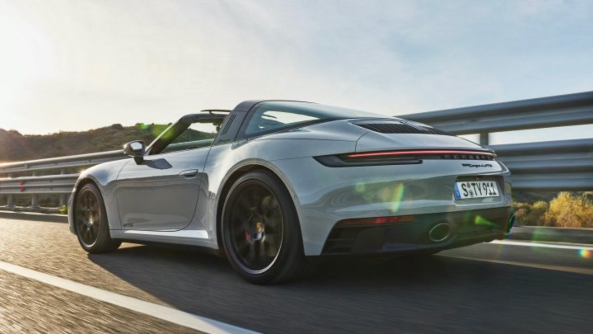 911 GTS rear (1)