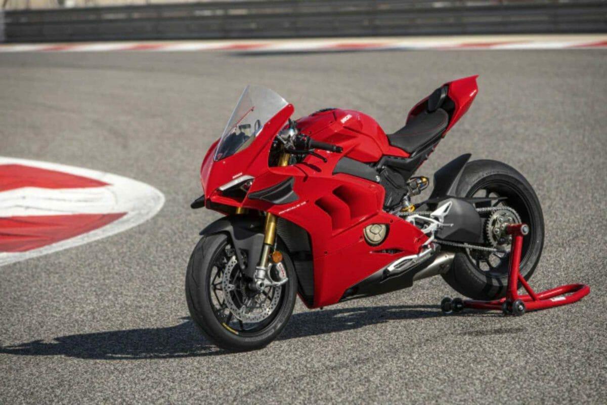 Ducati Panigale V4 (1)