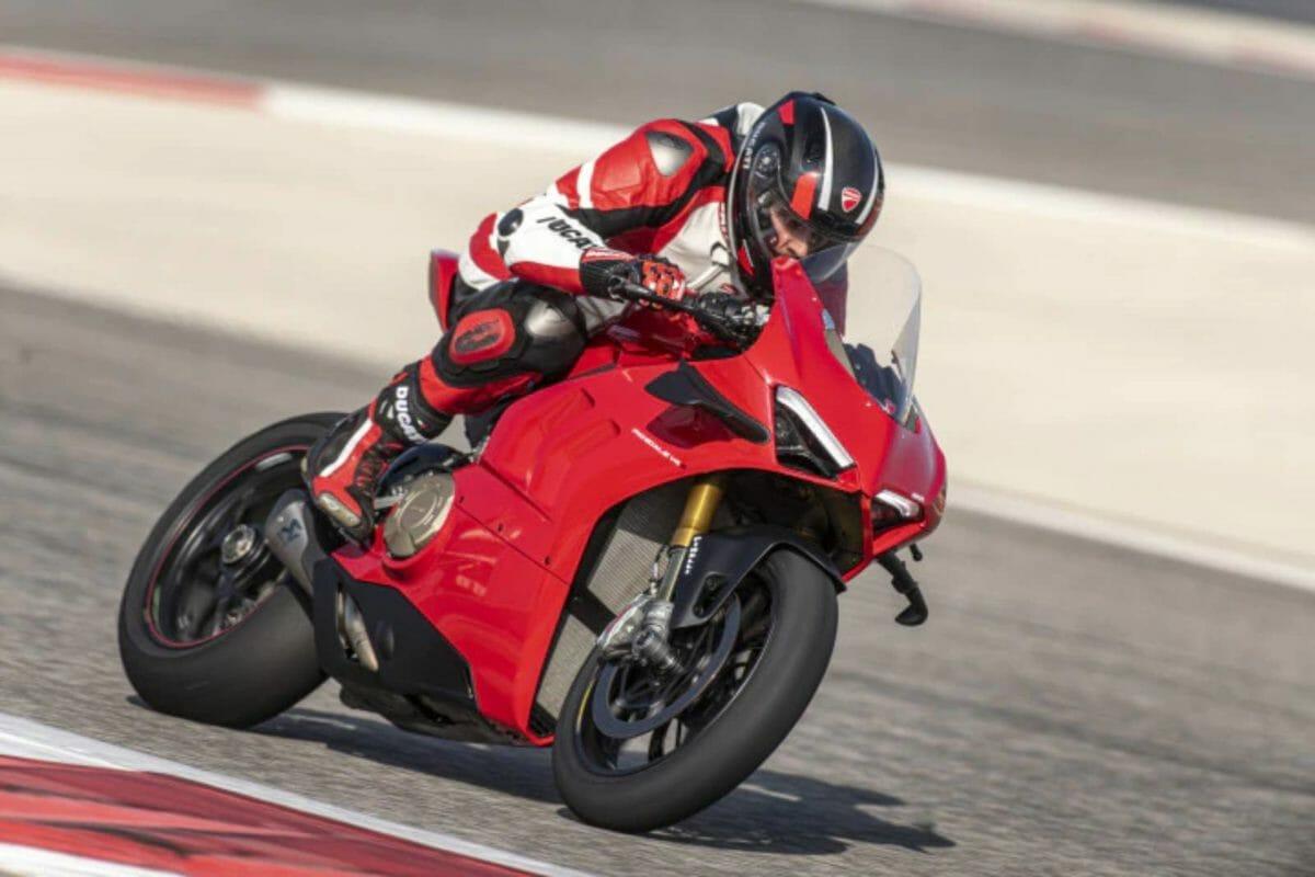 Ducati Panigale V4 (3)