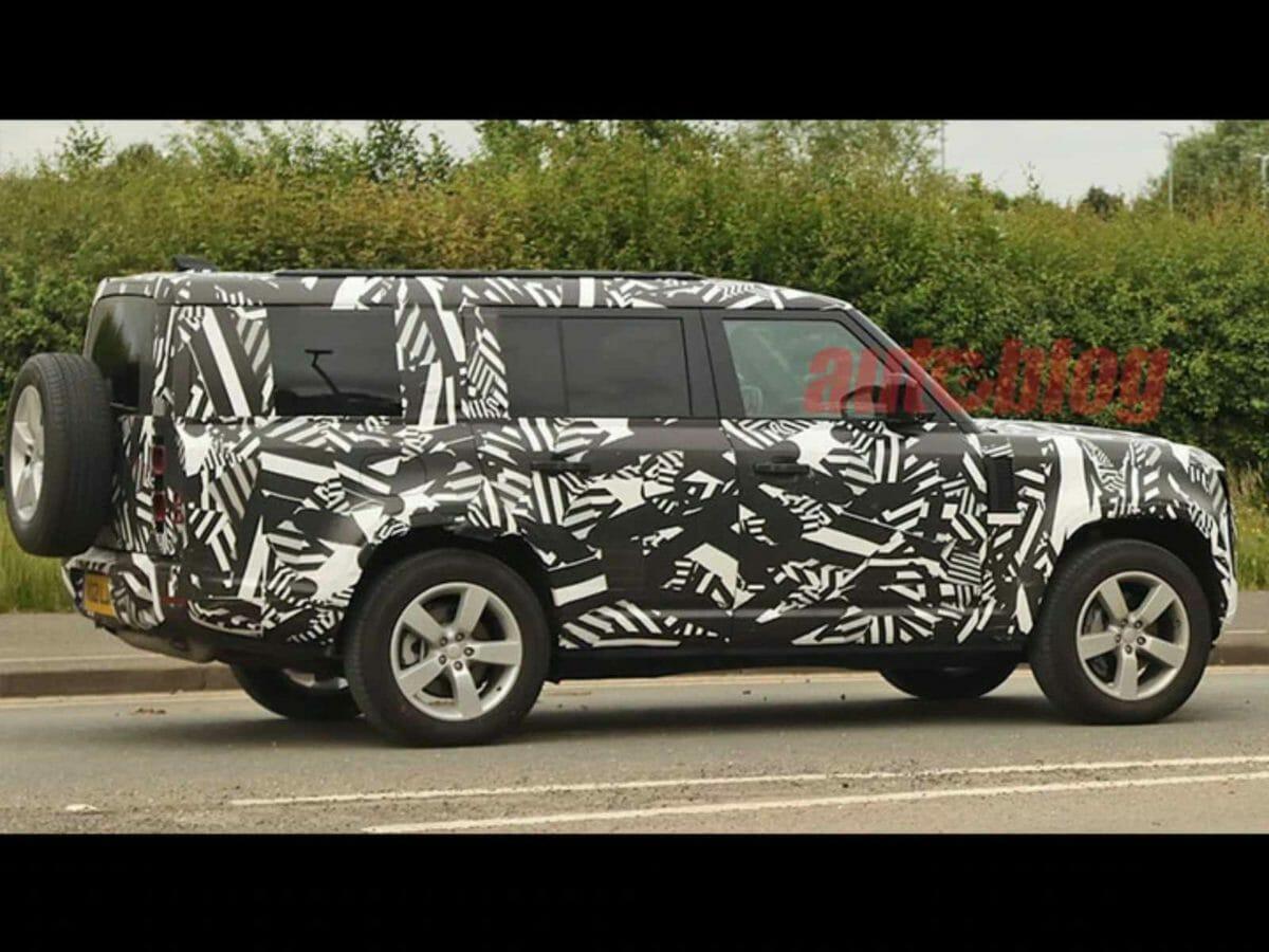 Land Rover Defender 130 spied (1)
