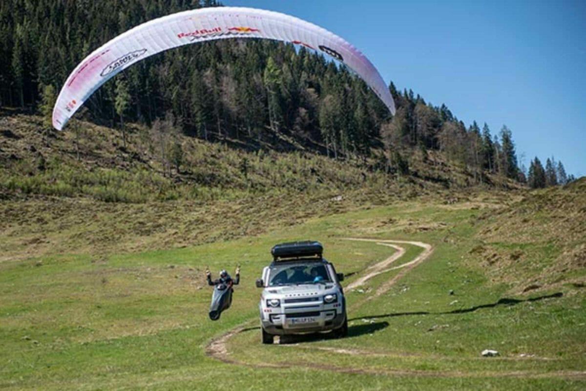 Land Rover defender red bull race (3)