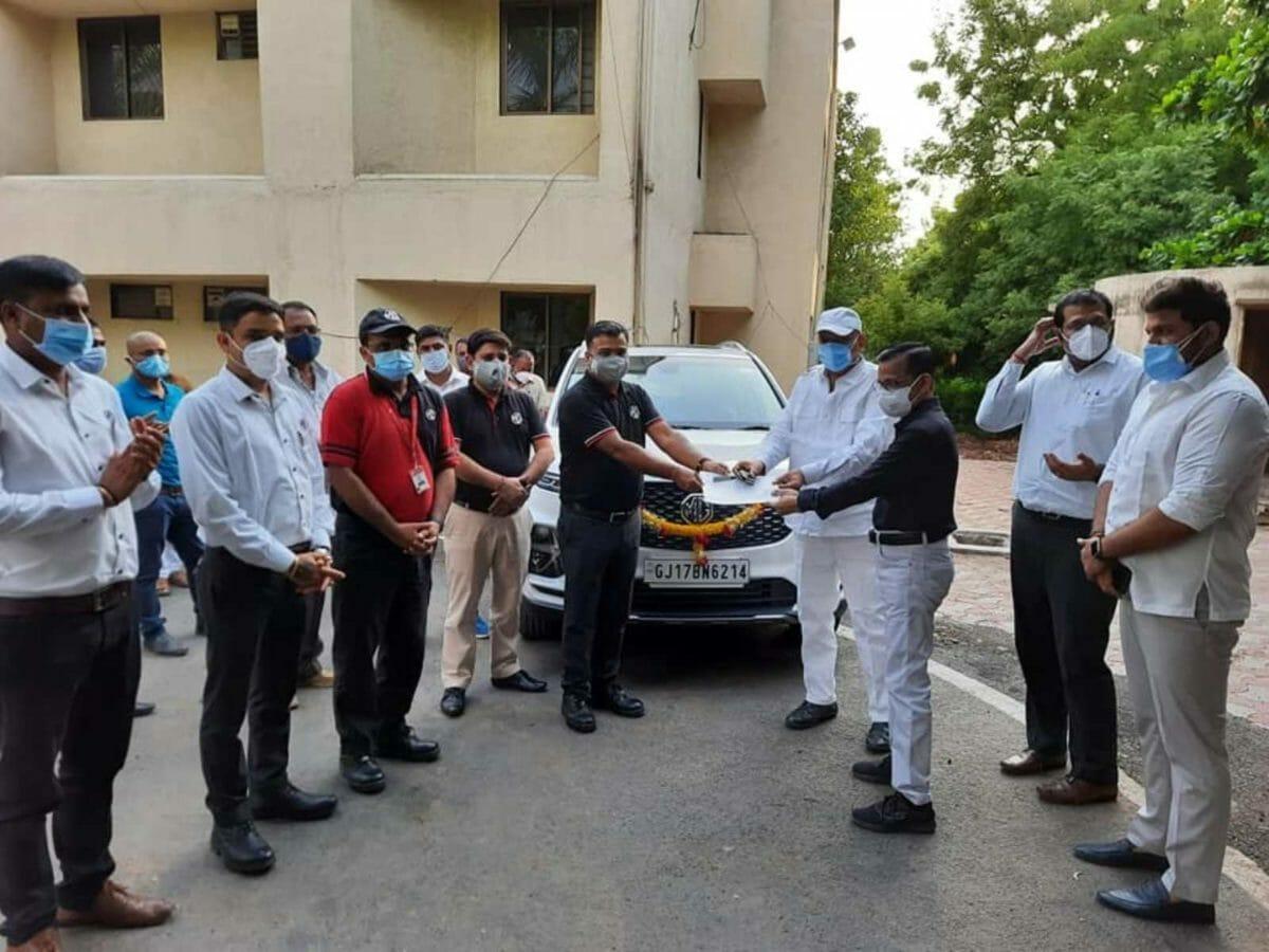 MG Motor India donates Hector Plus mobile unit – 1