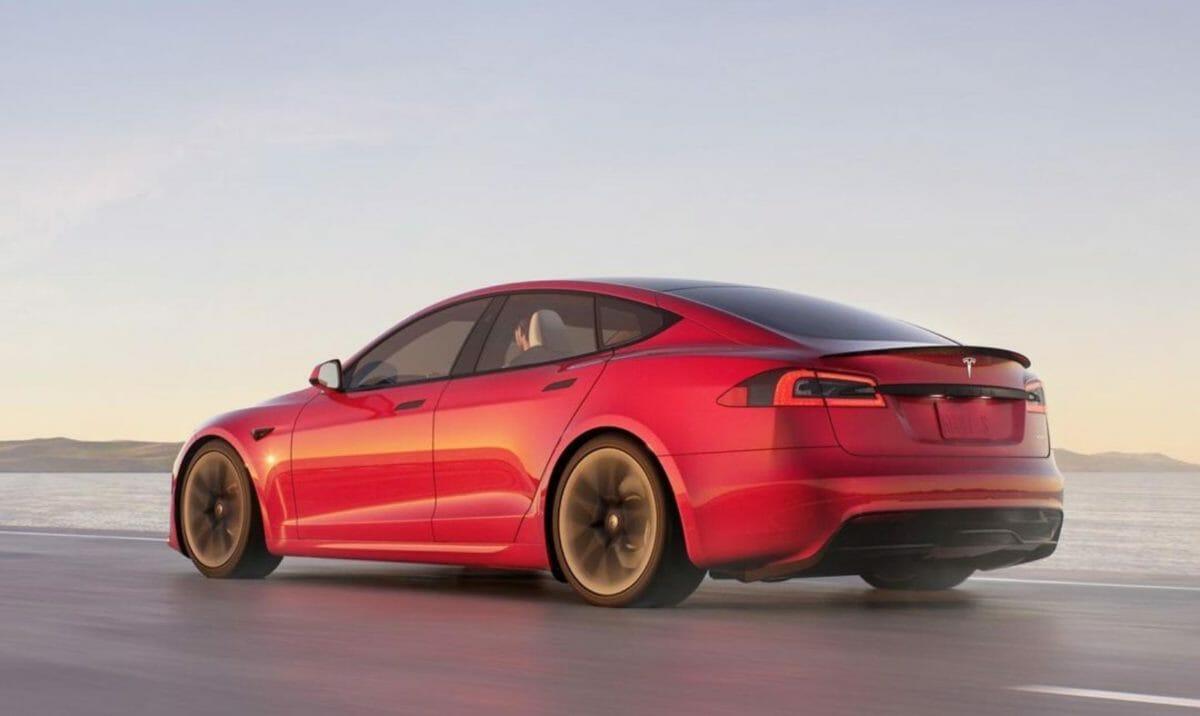 Tesla Model S Plaid (1)