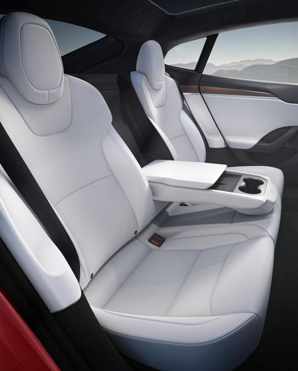 Tesla Model S Plaid (4)
