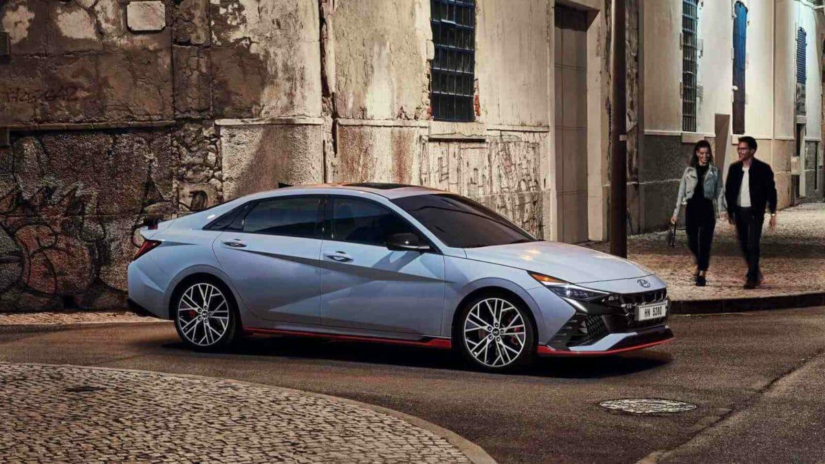 2022 Hyundai Elantra N (1)