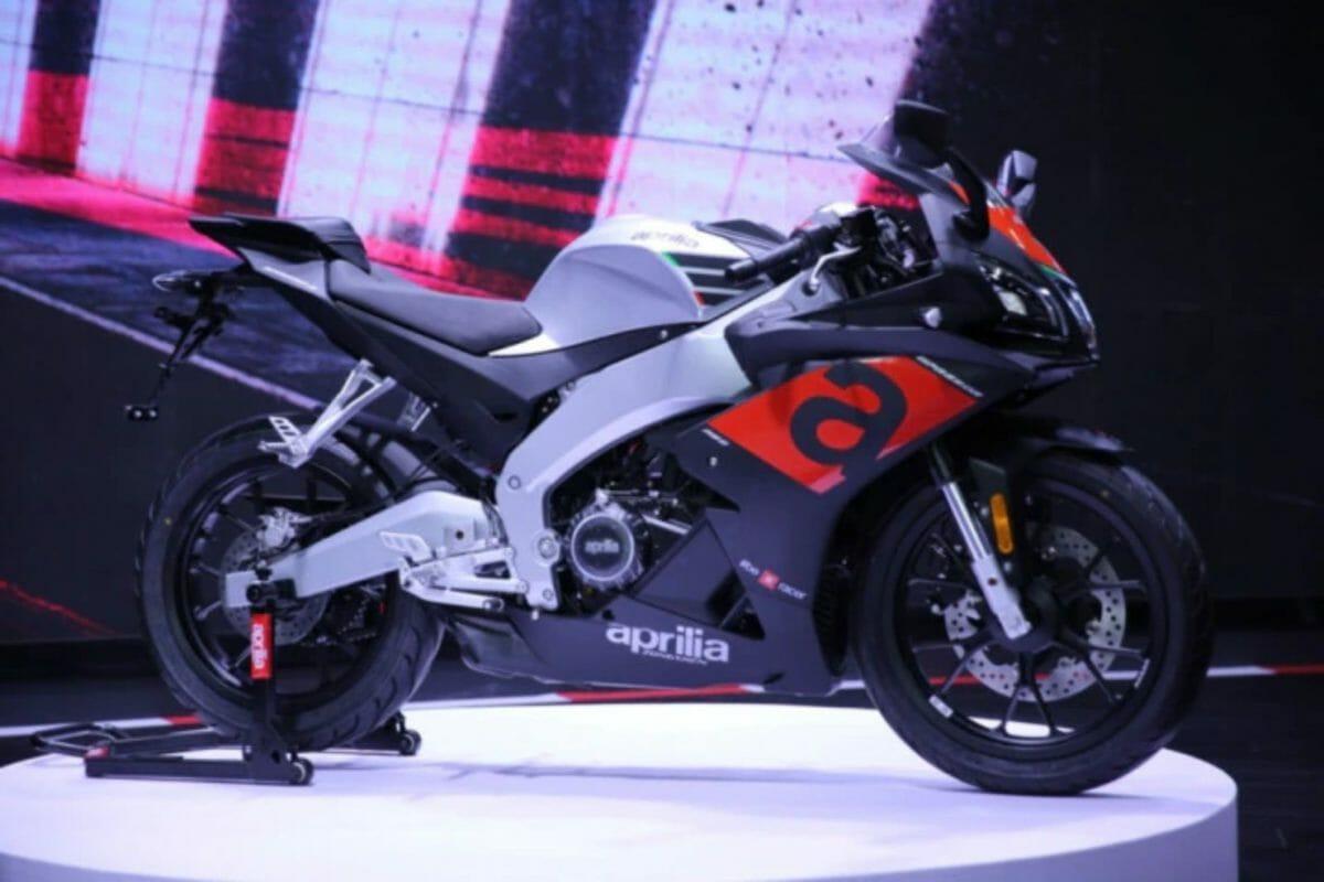 Aprilia GPR250R (2)
