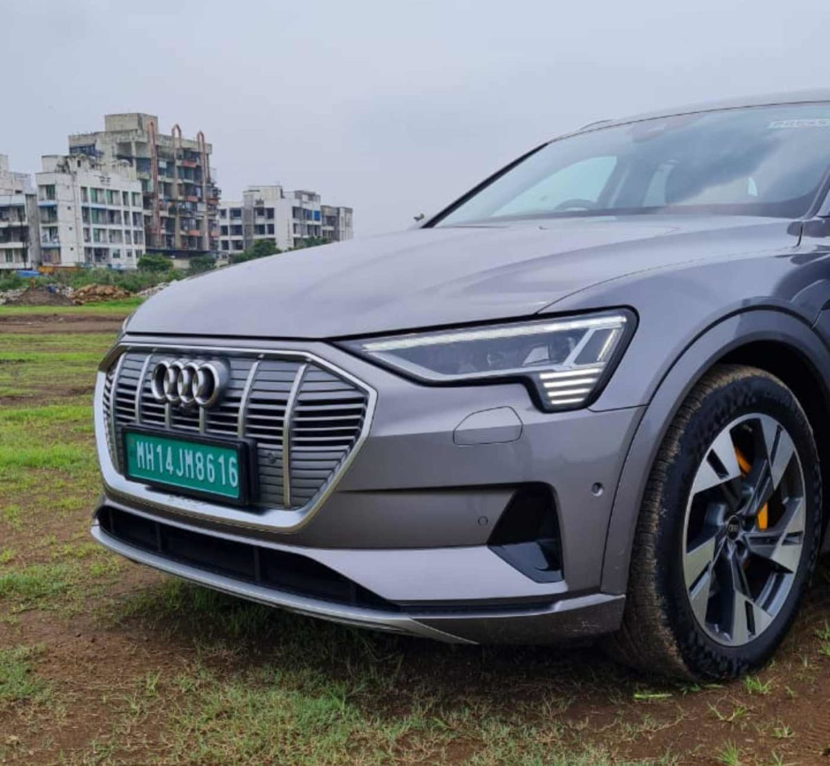 Audi E tron review (1)
