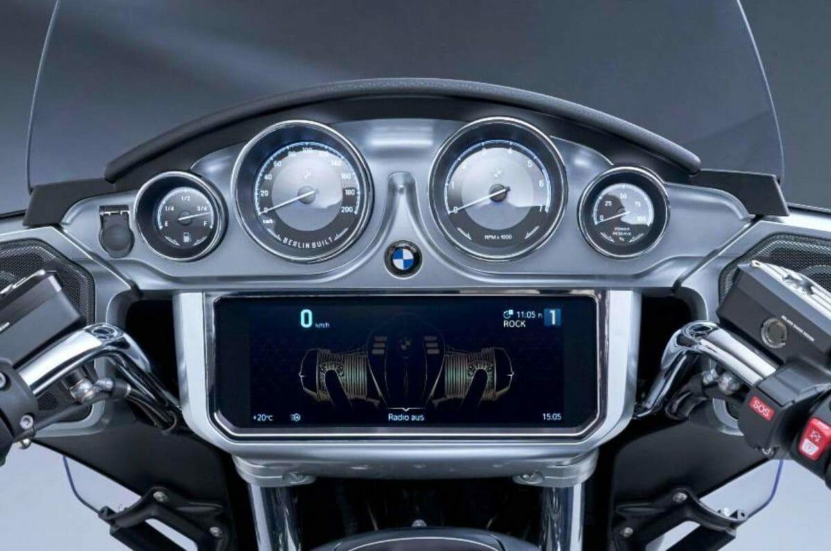BMW R18 Transcontinental (1)