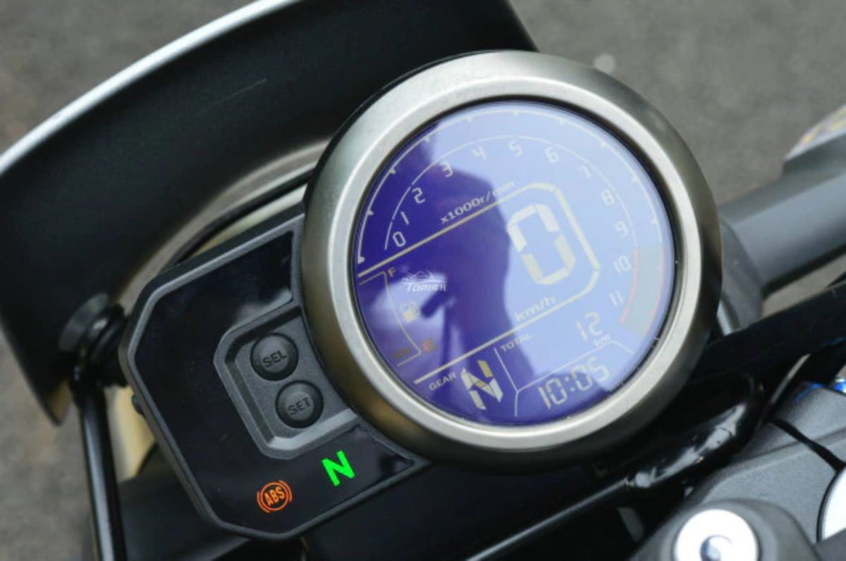 Honda CB190TR TR93 (2)