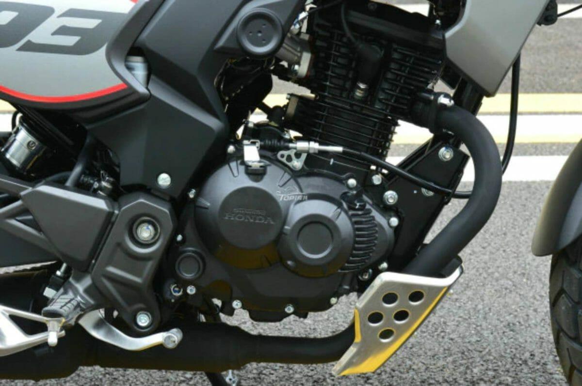 Honda CB190TR TR93 (3)