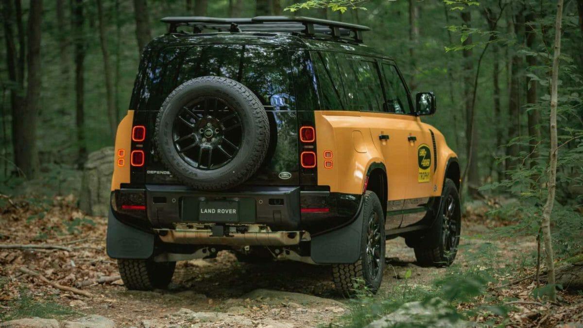 Land Rover Defender Trophy edition (2)