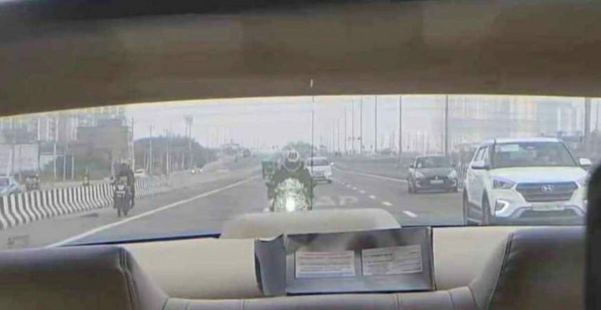 Yamaha R15 v4 spied