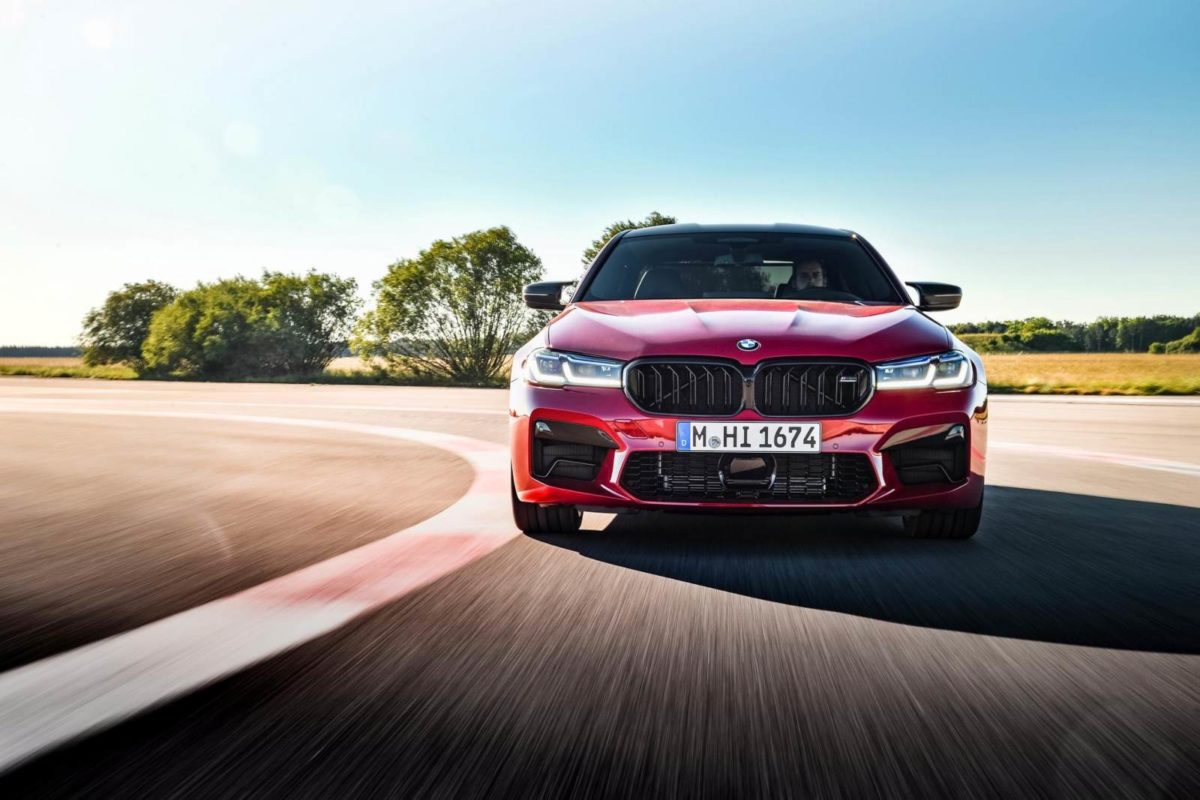 bmw m5 competiton front on track (1)