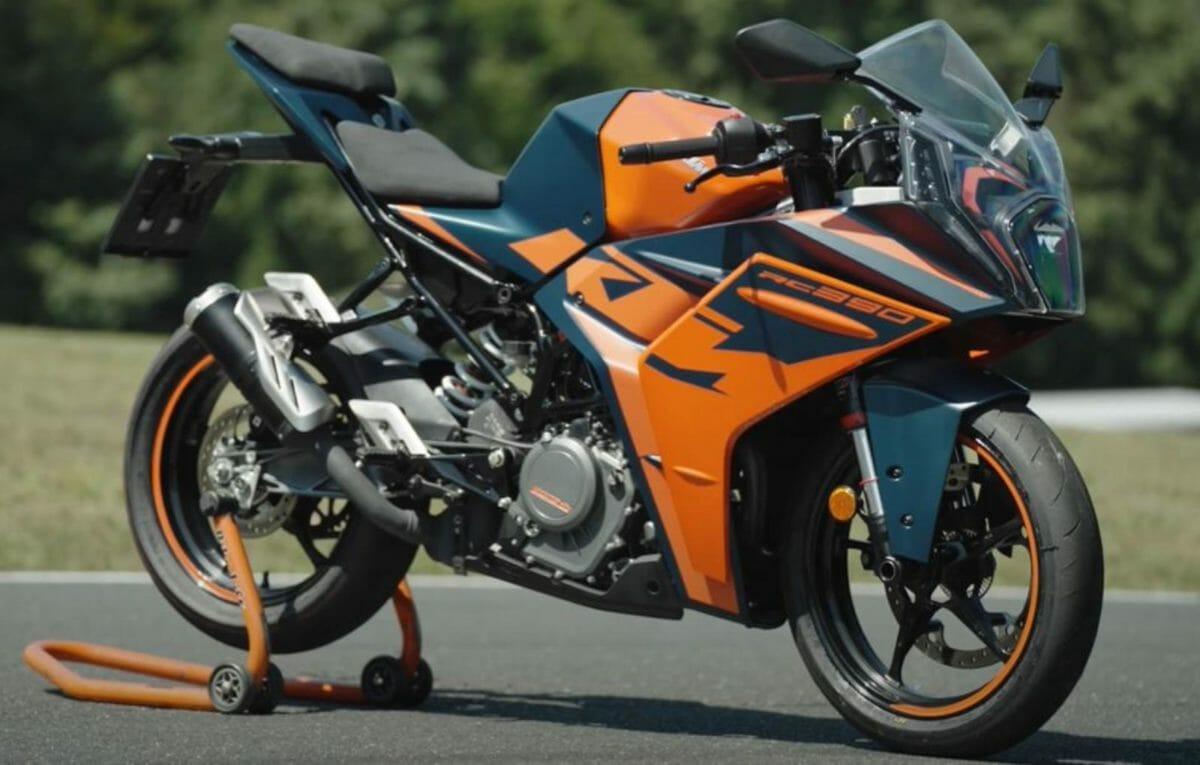 2022 KTM RC 390 Full