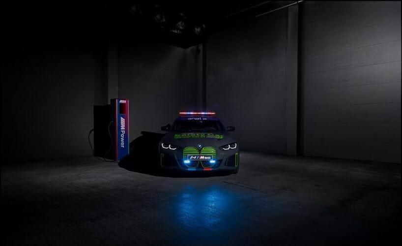 BMW i4 M50 safety car4