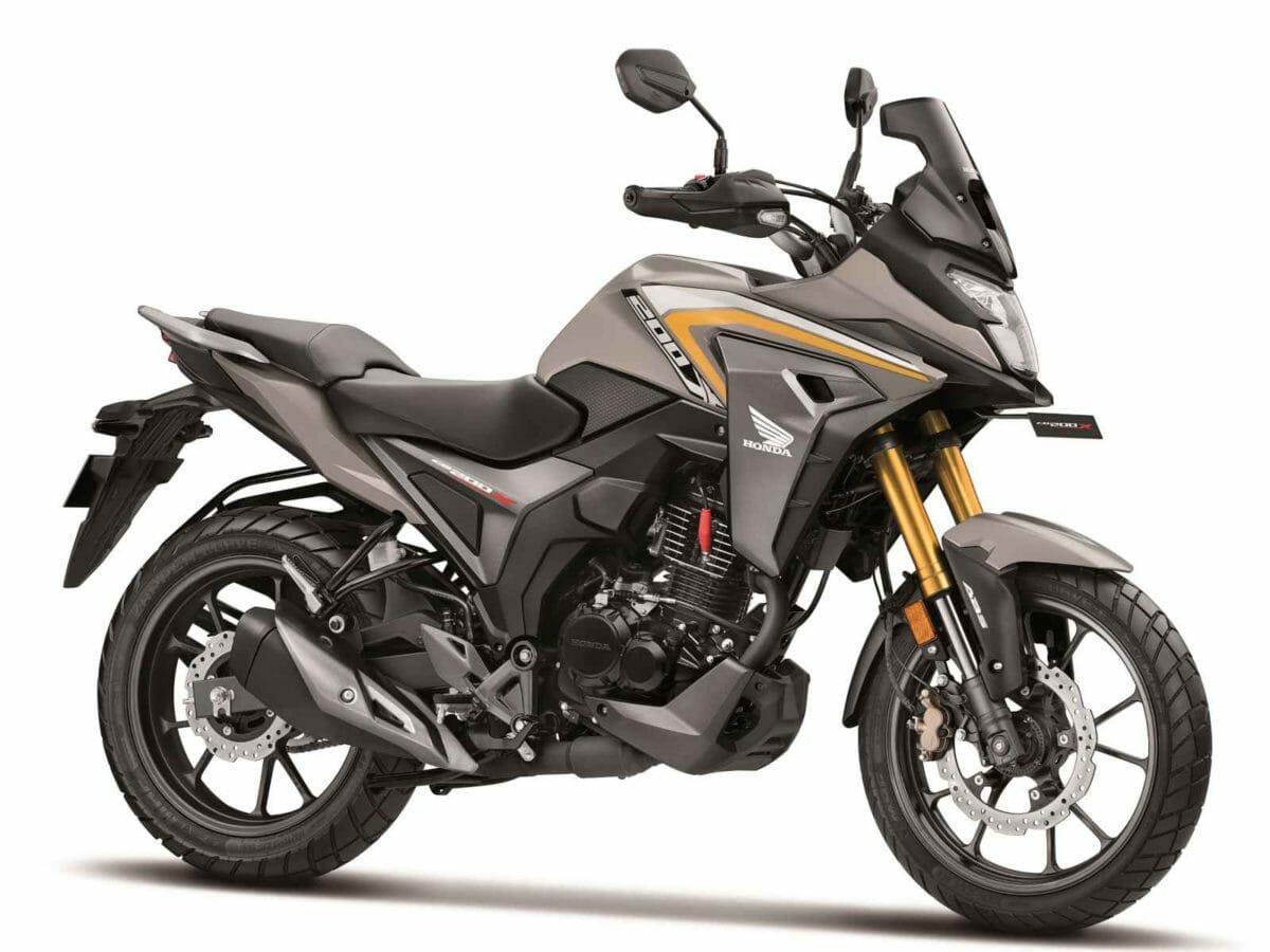 Honda CB200X (1)