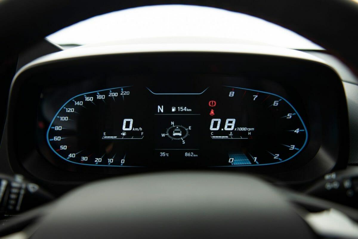 Hyundai i20 N Line intrsument cluster