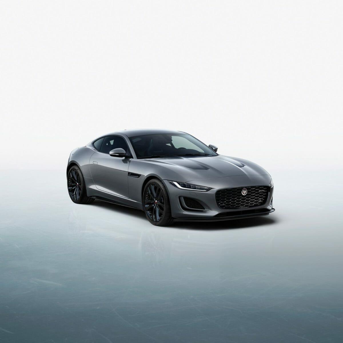 Jaguar F TYPE R Dynamic Black_01