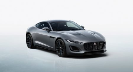 Jaguar F-TYPE R-Dynamic Black_01