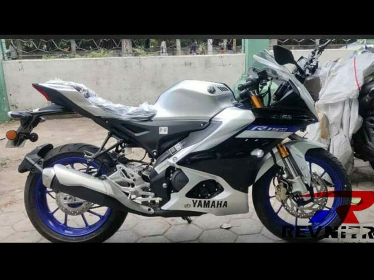 Yamaha R15M Spied (2)