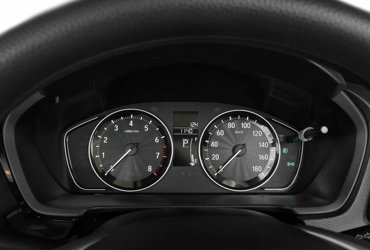 honda amaze facelift speedometer