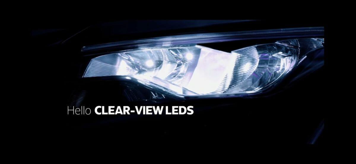 xuv700 clear lense headlights