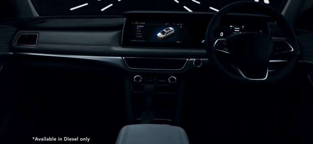 xuv700 interior teaser