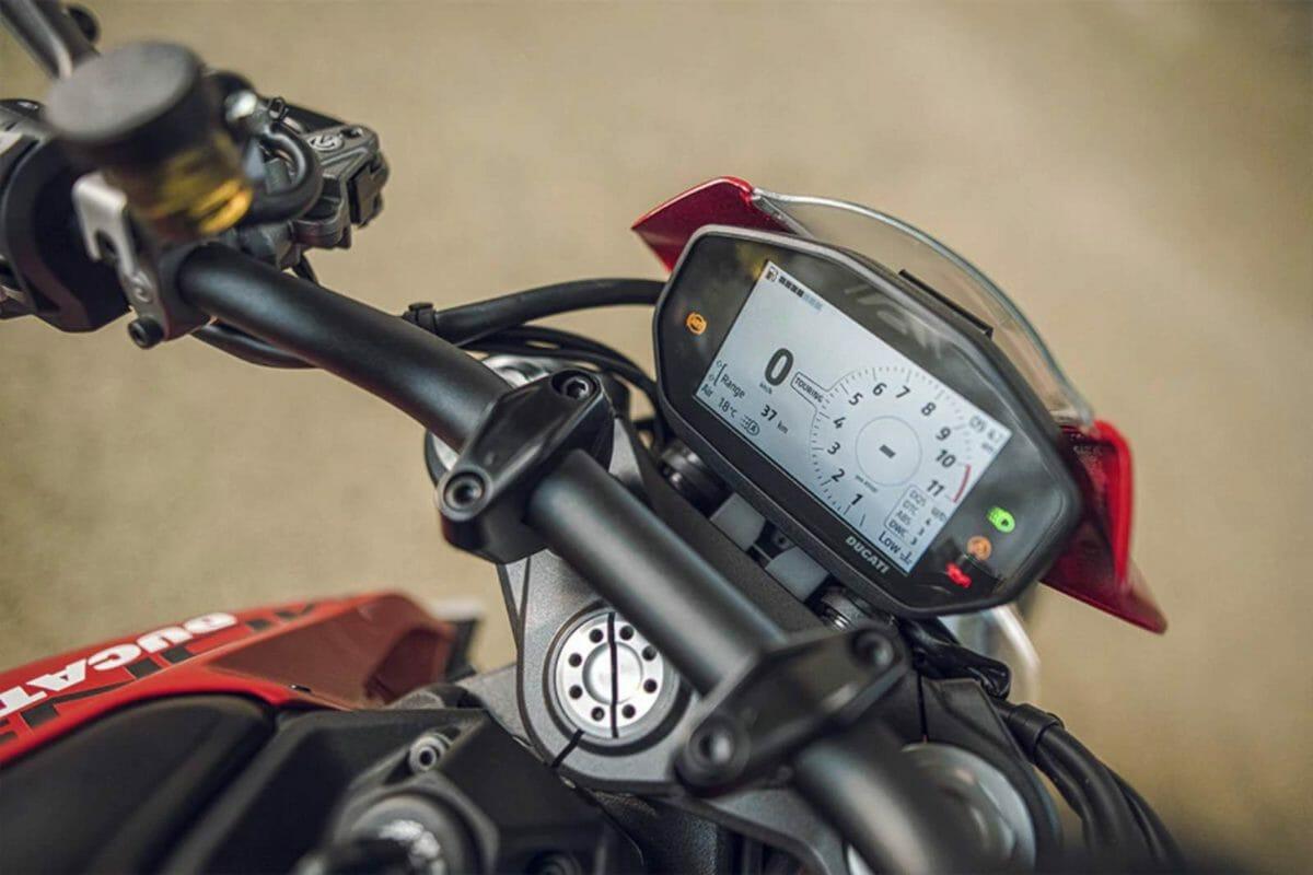 2021 Ducati Monster (4)