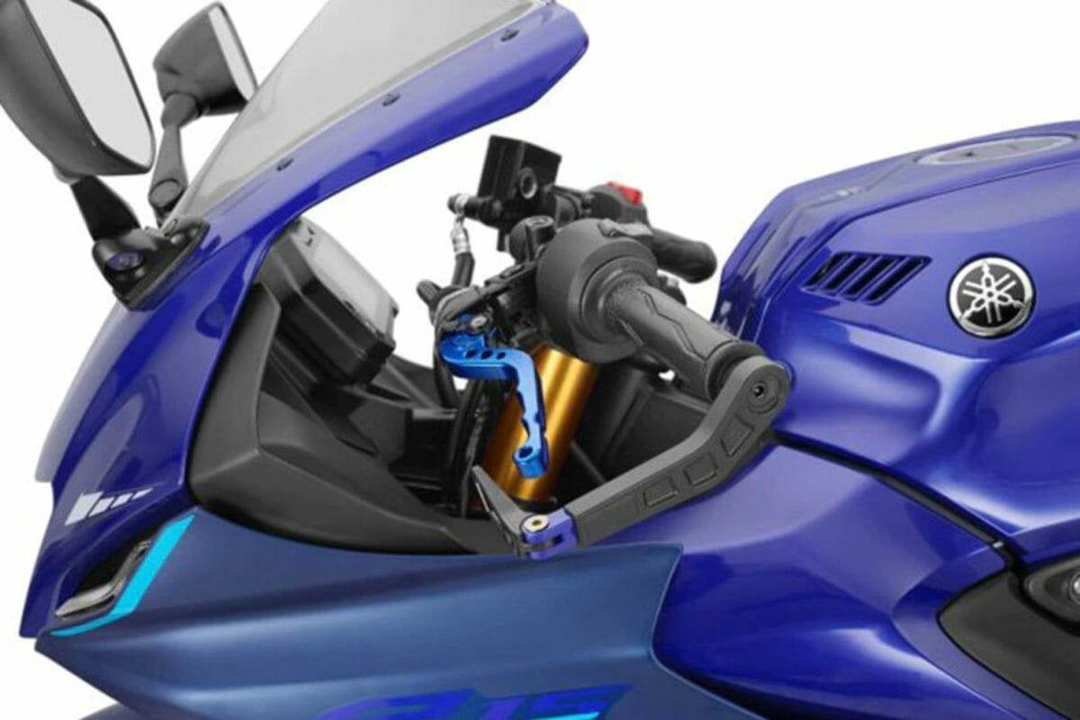 2021 Yamaha R15 V4 Accessories (2)