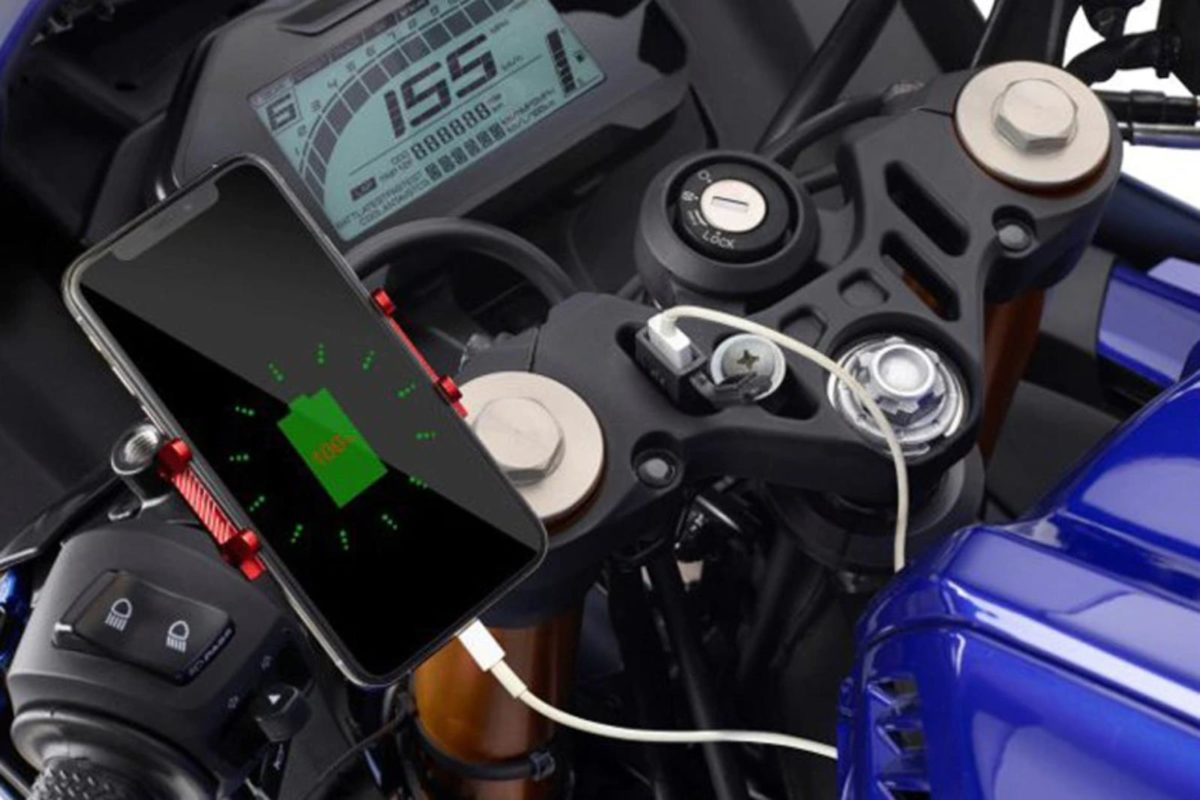 2021 Yamaha R15 V4 Accessories (3)