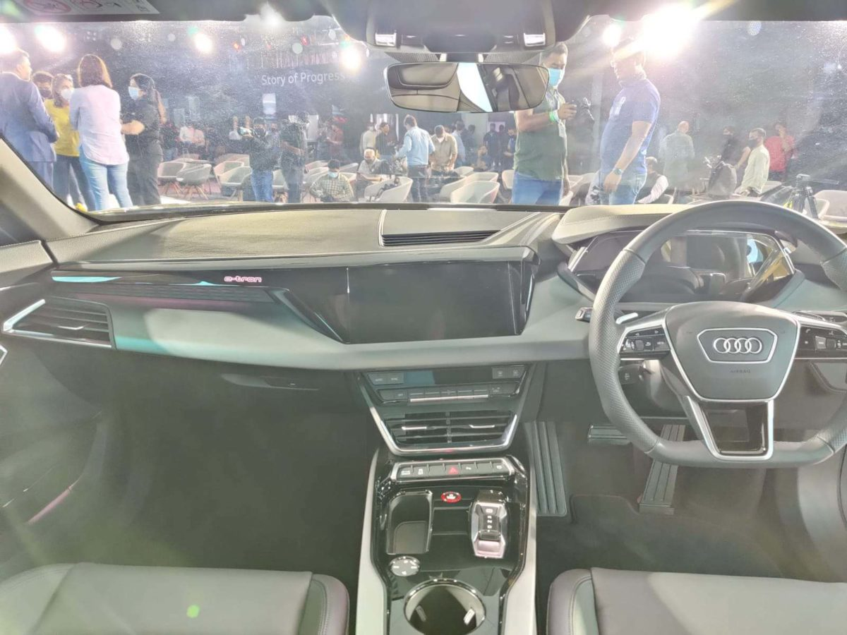 Audi e tron gt launched in India interior (1)