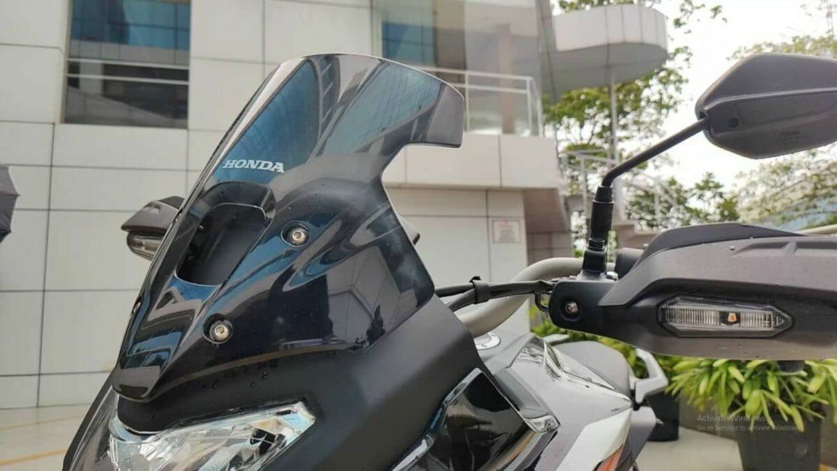 Honda CB200X Review (3)