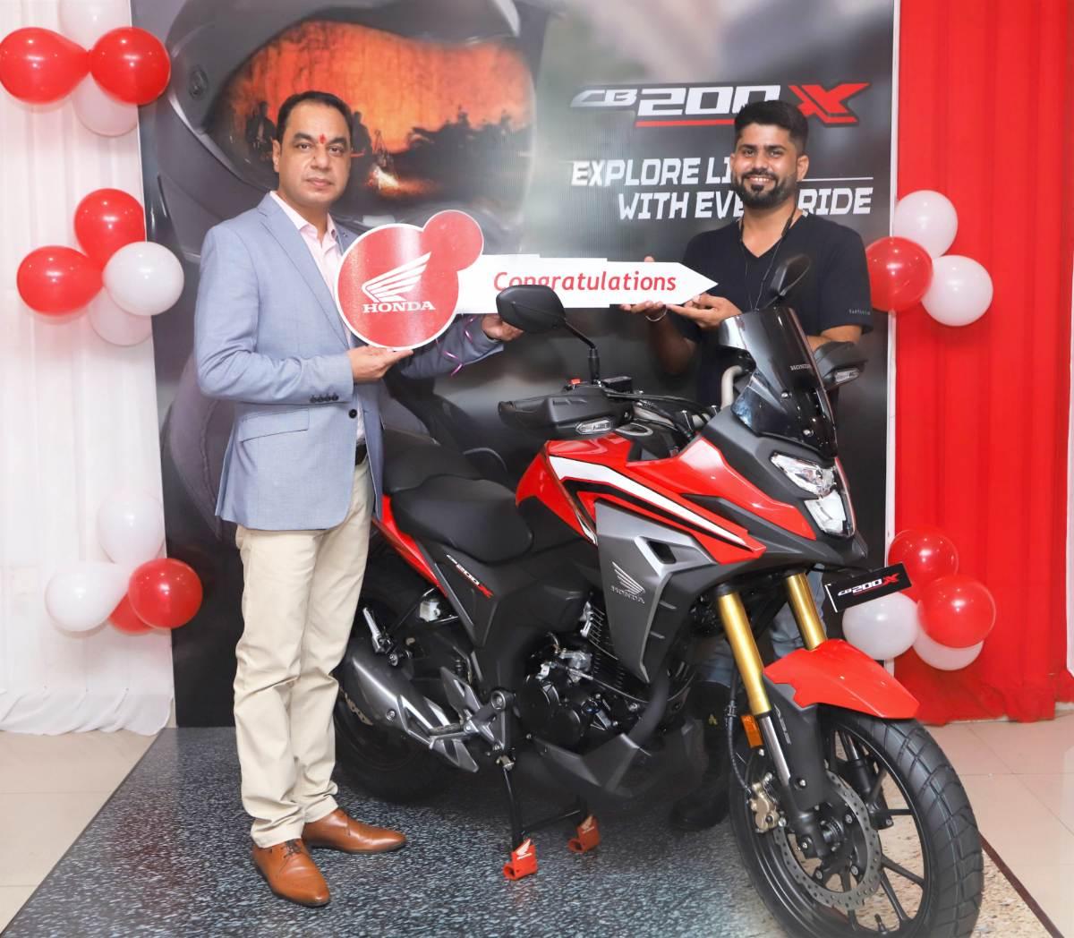 Honda CB200X delivery (1)