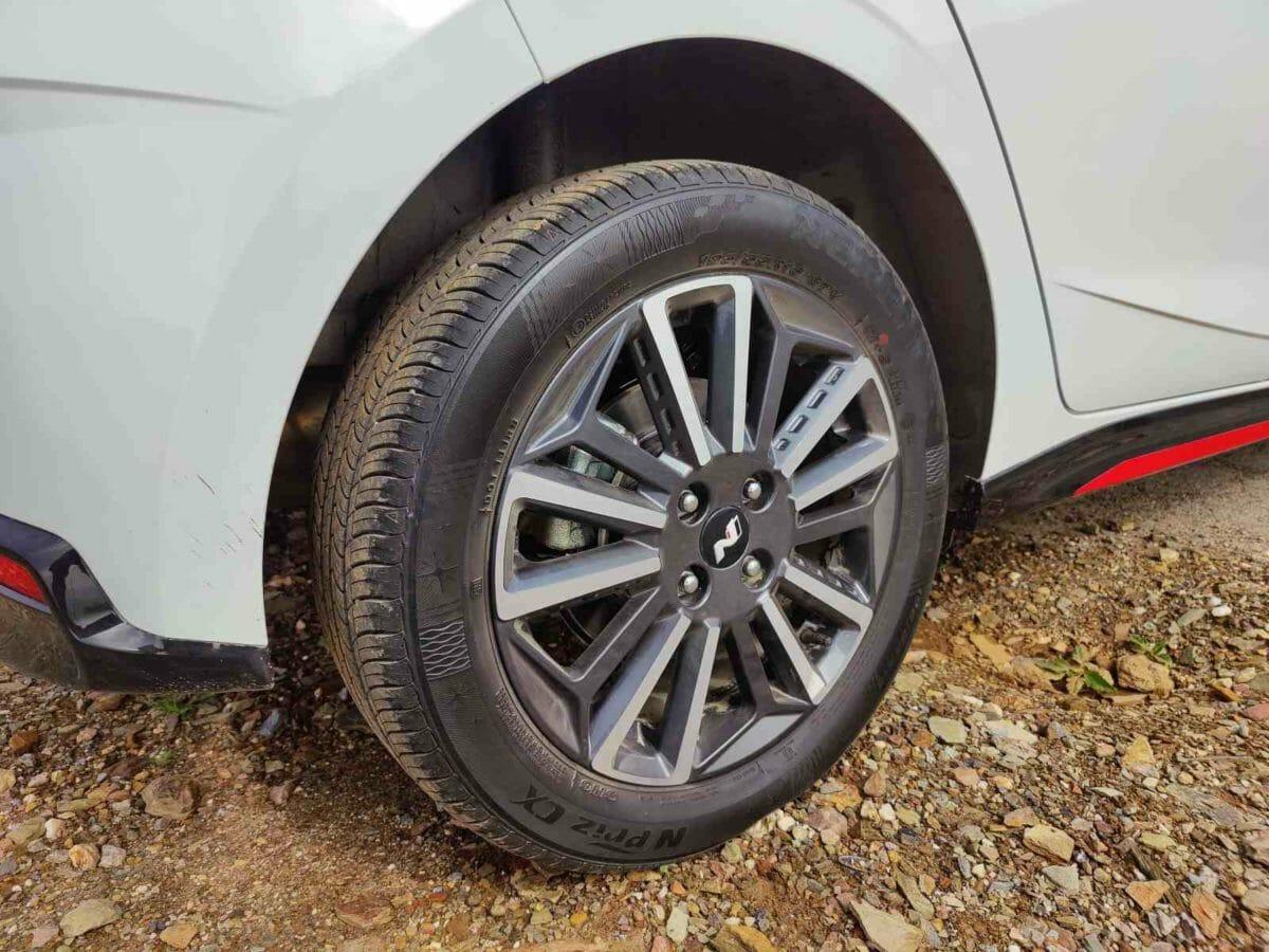 i20 N Line review wheels