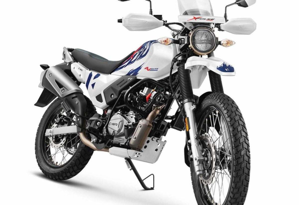 Hero XPulse 200 4V launched front