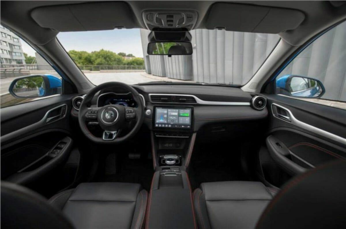 mg zs ev facelift interior (1)