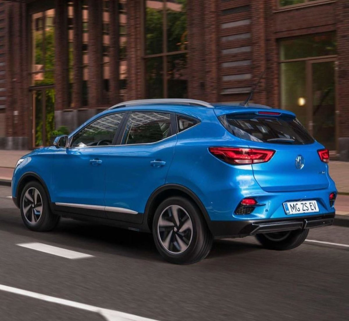 mg zs ev facelift rear (1)